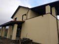 Открытая терраса и балкон жилого дома